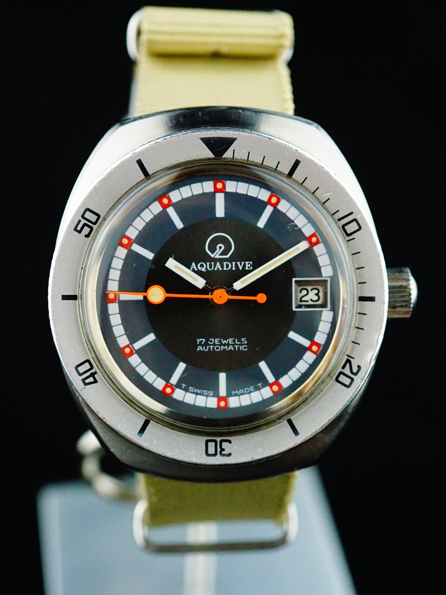 AQUADIVE 20 Atm Dive Watch