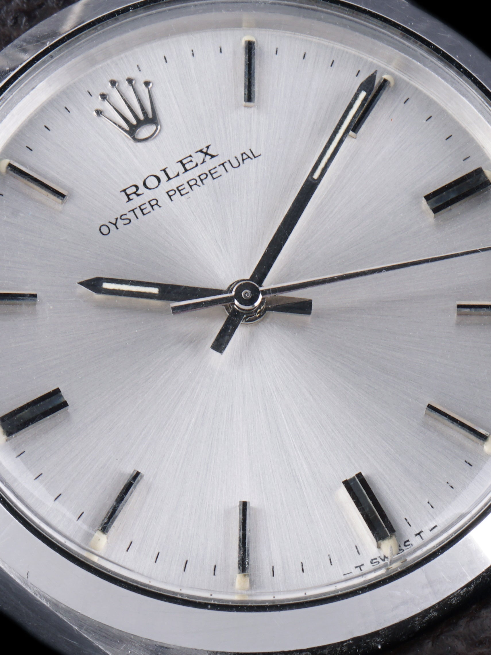 1973 Rolex Oyster-Perpetual (Ref. 5500) W/ Guarantee Paper