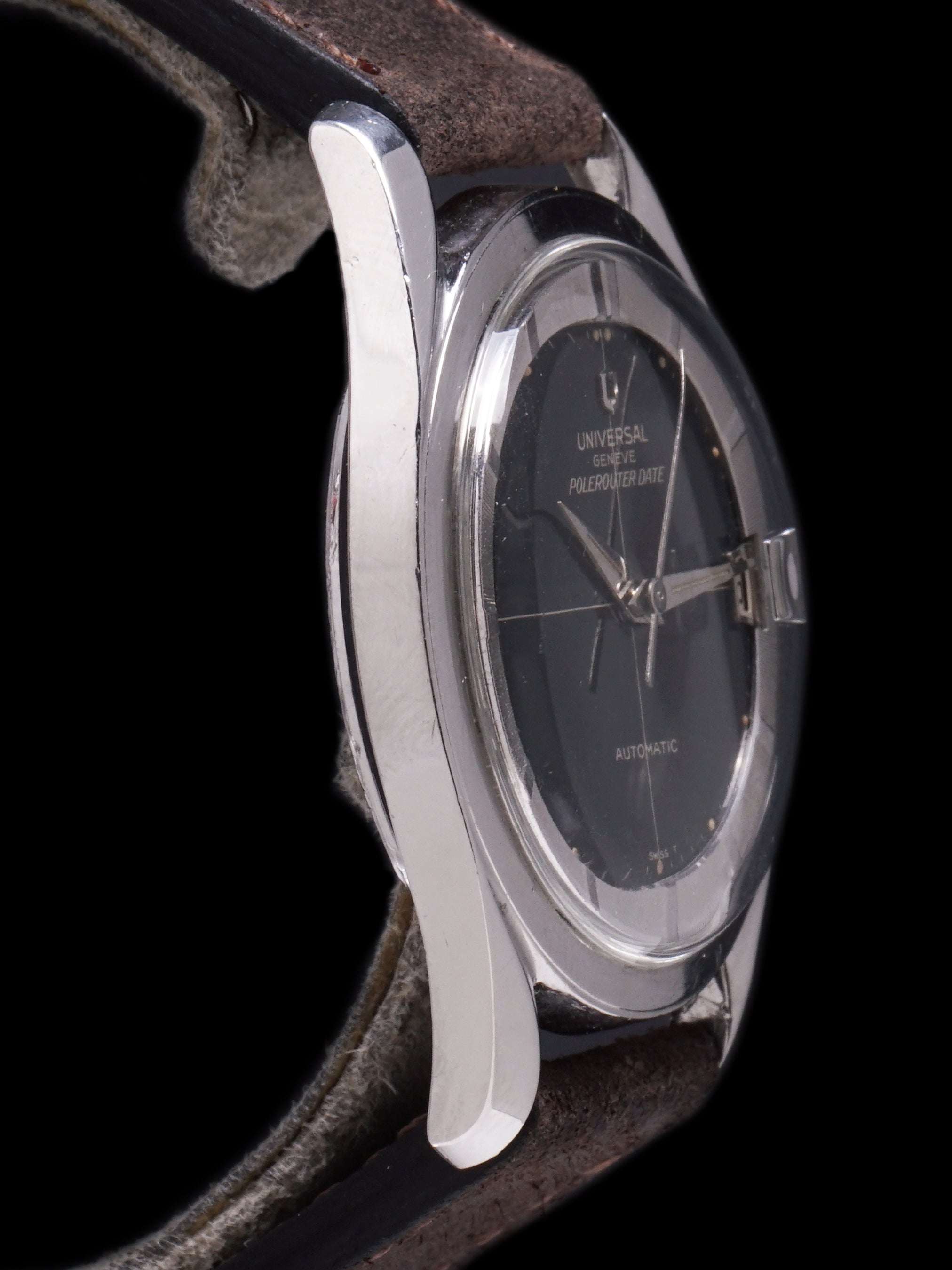 1965 Universal Geneve Polerouter Date (Ref.204607/1 ) Black Gilt Dial
