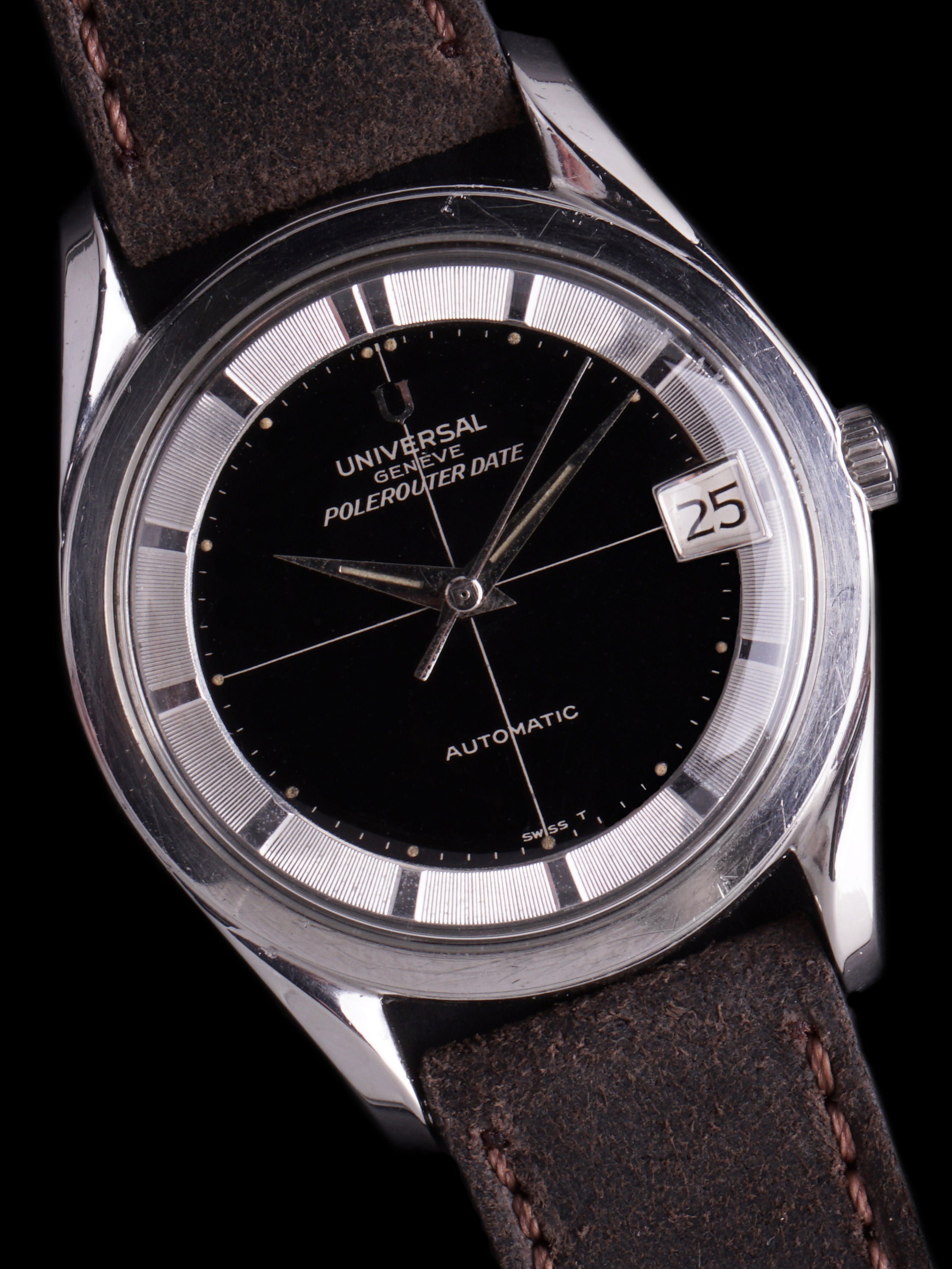 1965 Universal Geneve Polerouter Date (Ref.204607/1) Black Gilt Dial