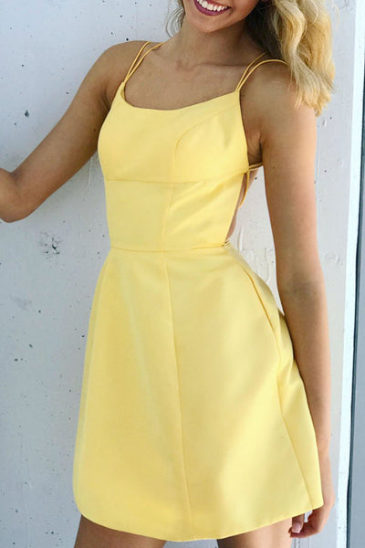 MACloth Spaghetti Straps Scoop Neck Mini Prom Homecoming Dress Yellow Cocktail Party Dress