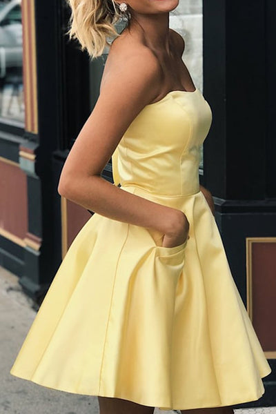 MACloth Strapless Mini Short Prom Homecoming Dress Yellow Wedding Party Dress with Pocket