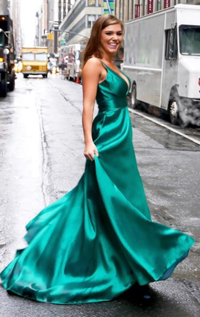MACloth Deep V Neck Satin Long Prom Dress Green Formal Evening Gown