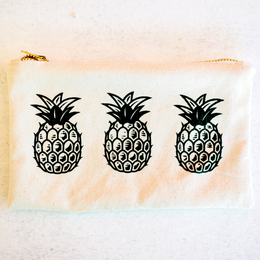 Pineapple Print Antique Zipper Pouch