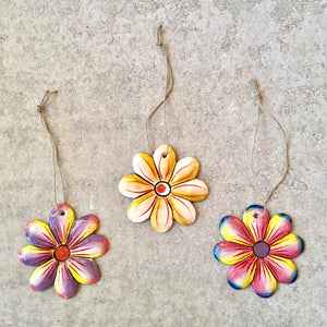 Set of 3 Daisy Ornaments