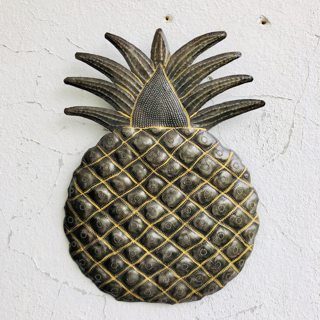 Large Pineapple
