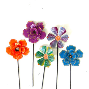 Bright 3- D Garden Stakes (Set of 5)