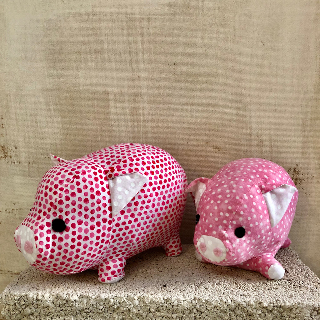 Mother and Baby Pig Set