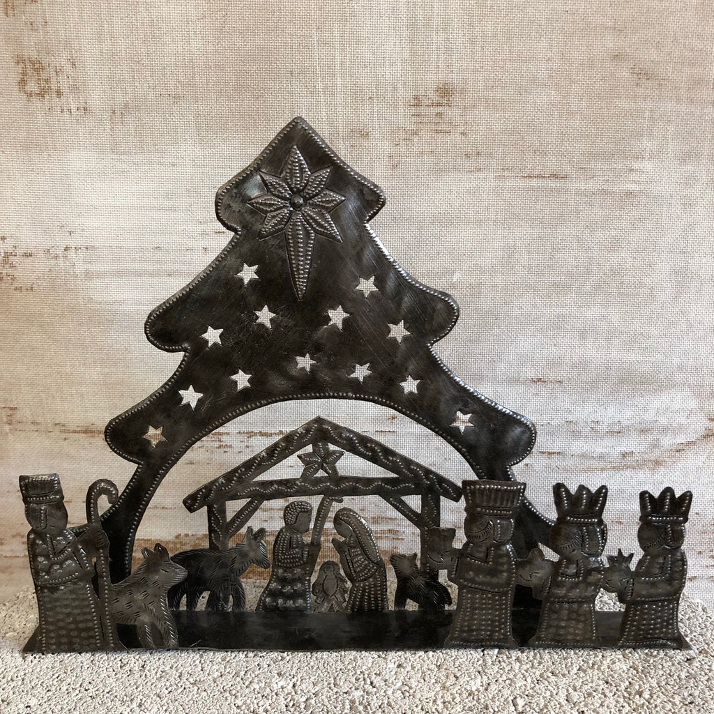 Large 3-D Tree Nativity