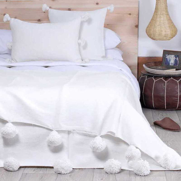 Moroccan Cotton Pom Pom Blanket