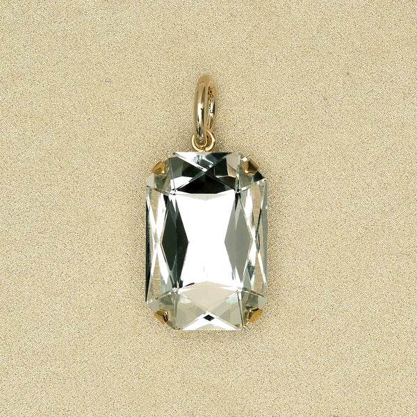 Solitaire Pendant in White Diamond