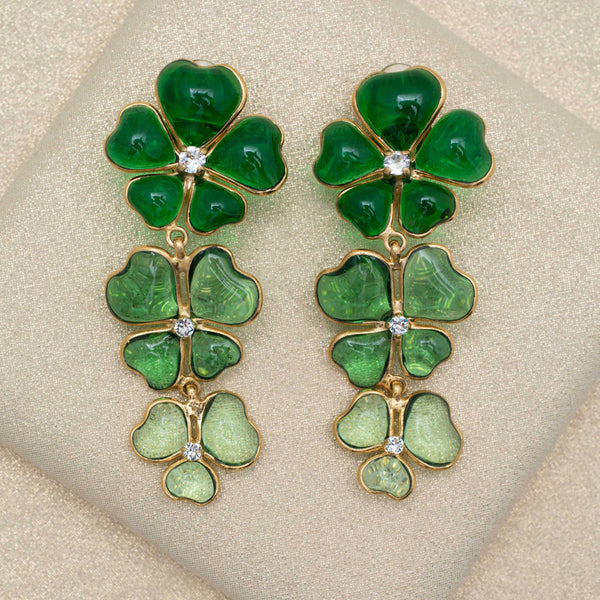 Tres Fleurs Earrings in Green
