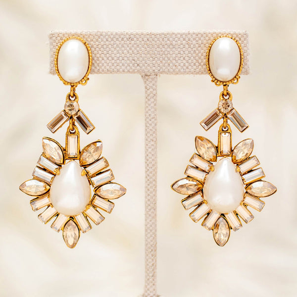 Reveillon Earrings in Champagne with Pearls