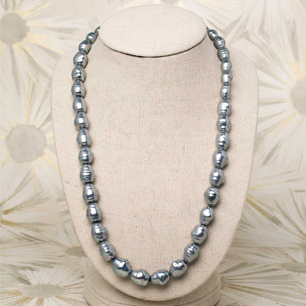 Pearl Necklace in Ice Blue