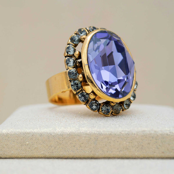 Ritz Ring in Amethyst