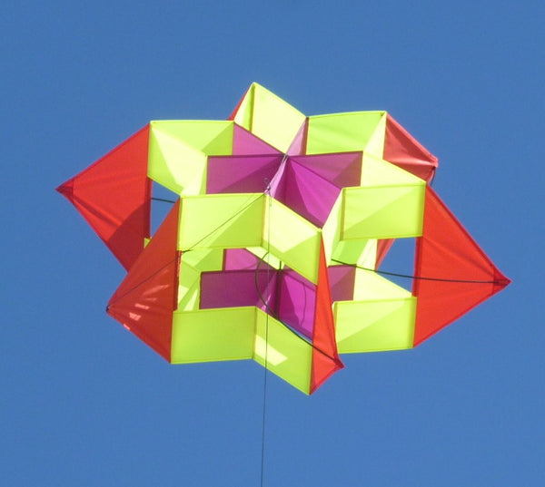 """Sputnik"" Cellular Kite"