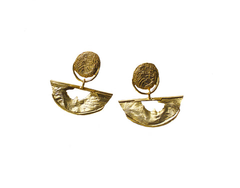Hits the Horizon - Half Crescent Reticulated Earring