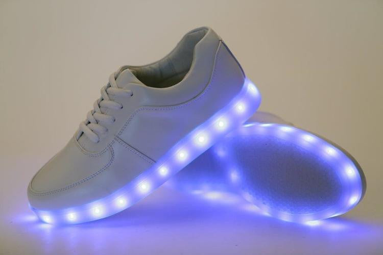 LIGHT UP SHOES 7 COLORS