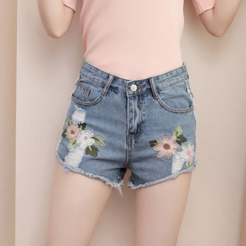 ROSE EMBROIDERY DENIM SHORTS BOTTOMS