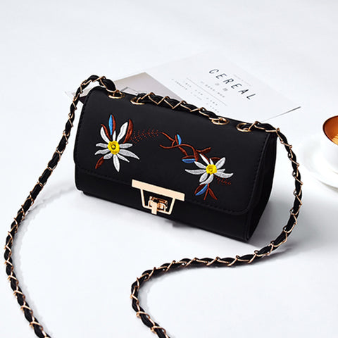 2 COLORS CHAIN SHOULDER BAGS