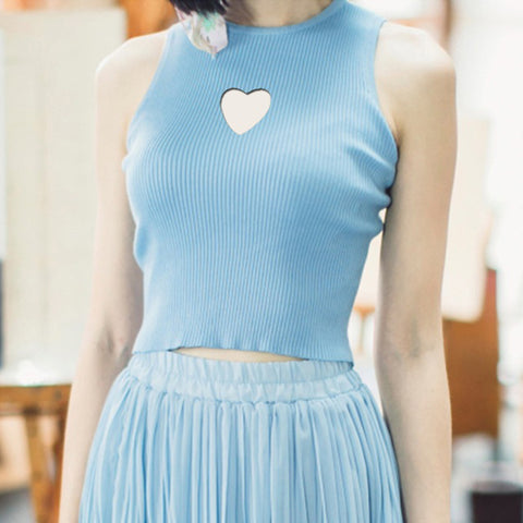 IUYZW HEART CUTOUT TOPS