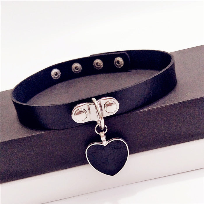 SlogPith HEART CHOKERS