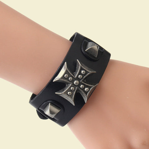 IUYZW RETRO CROSS LEATHER BRACELET