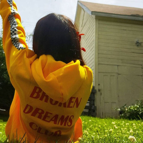 "IUYZW ""BROKEN DREAMS CLUB"" SWEATERS"