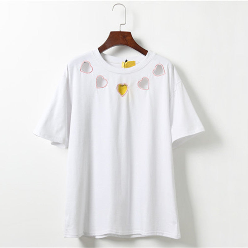 IUYZW 5 EMBROIDERY HEART CUTOUT TEES