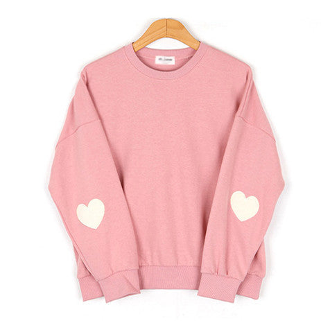 HEART EMBROIDERY SWEATER