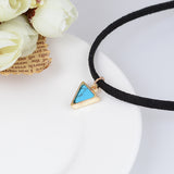SHORT TRIANGLE CHOKERS