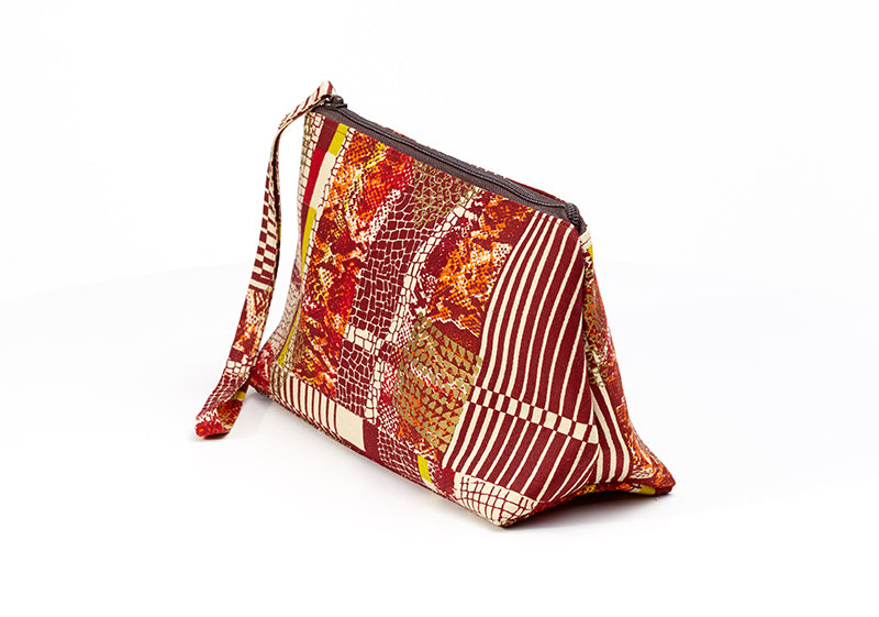 Nandi Flame Purse (Mono)