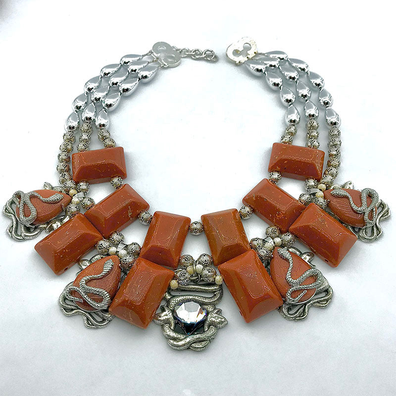 AMBER AND BROWN NECKLACES