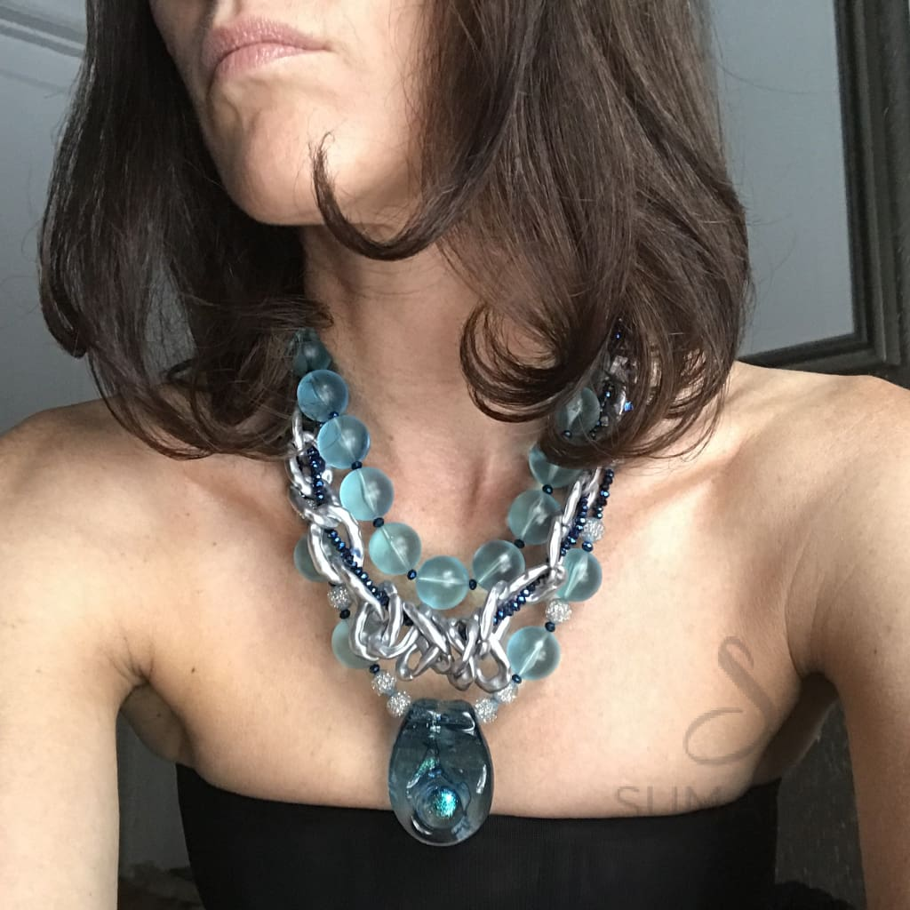 AQUA VELVET Necklace