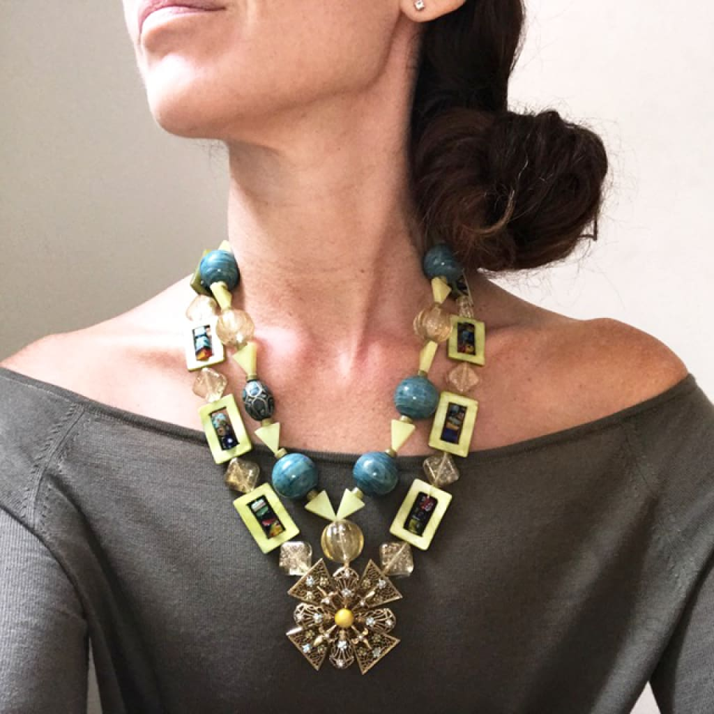 STATEMENT NECKLACE CLOISTER