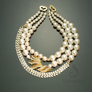 PANDANGO Necklace Sumaris Costume Jewelry Gold-colored Necklaces Vintage Brooch White / Clear Women $400.00 Sumaris