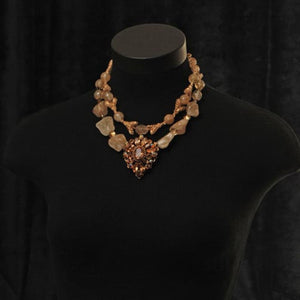 Vanille Necklace Sumaris beautiful costume jewelry Gold-colored Necklaces Vintage Brooch Women Sumaris Vanille Vanille