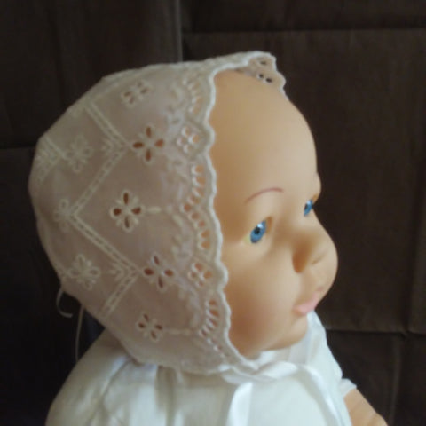 Courtney's Creations Handmade Lace Bonnet 051619N