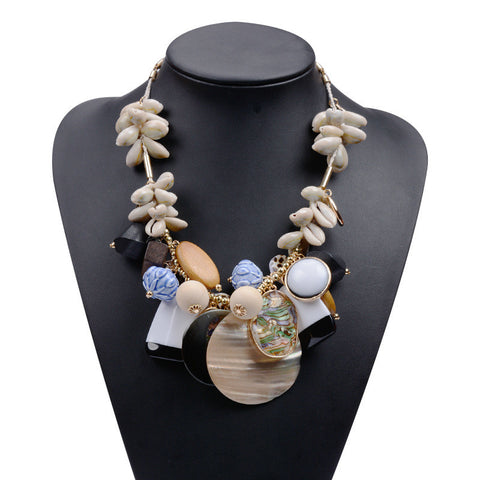 16 new pure hand Bohemian national wind Europe and the United States exaggerated jewelry fashion big shell clavicle necklace