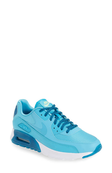 Nike 'Air Max 90 Ultra Essential' Sneaker - Belle Valoure - 9