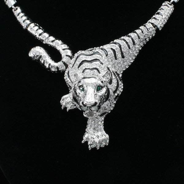 Clear Crystal Tiger Necklace And Earring Set - Belle Valoure - 3
