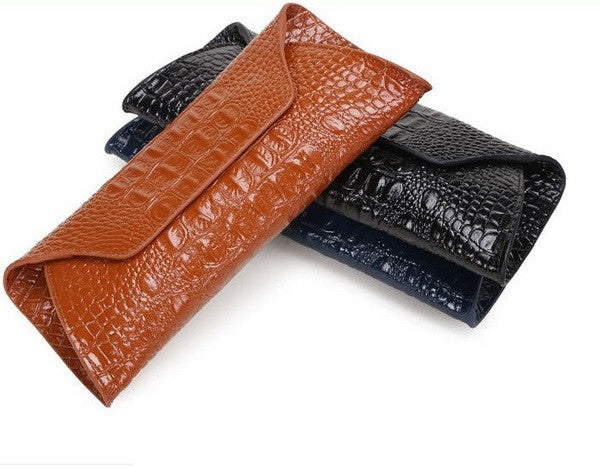 Genuine Leather Alligator Clutch - Belle Valoure - 10