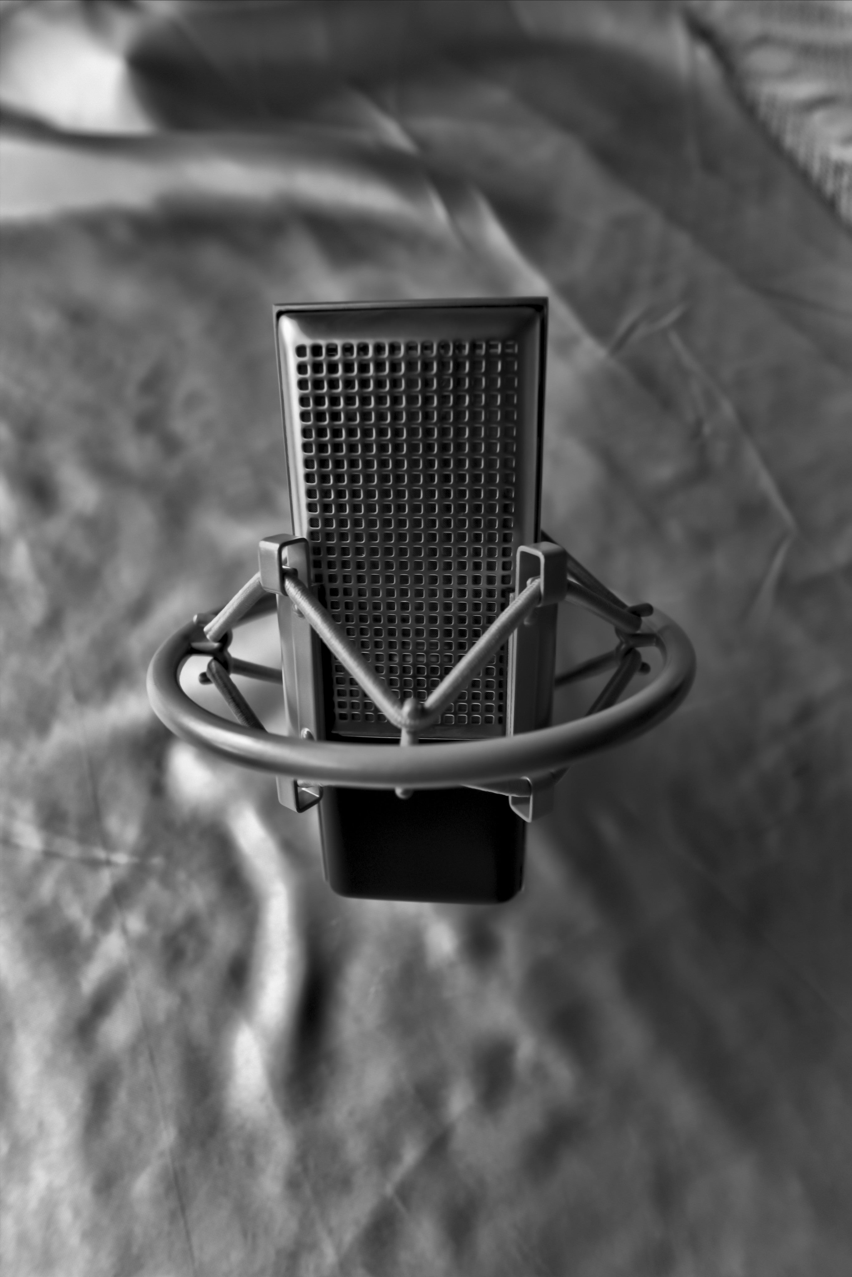 Matched Pair of Rectangular Ribbon Microphones with Stereo