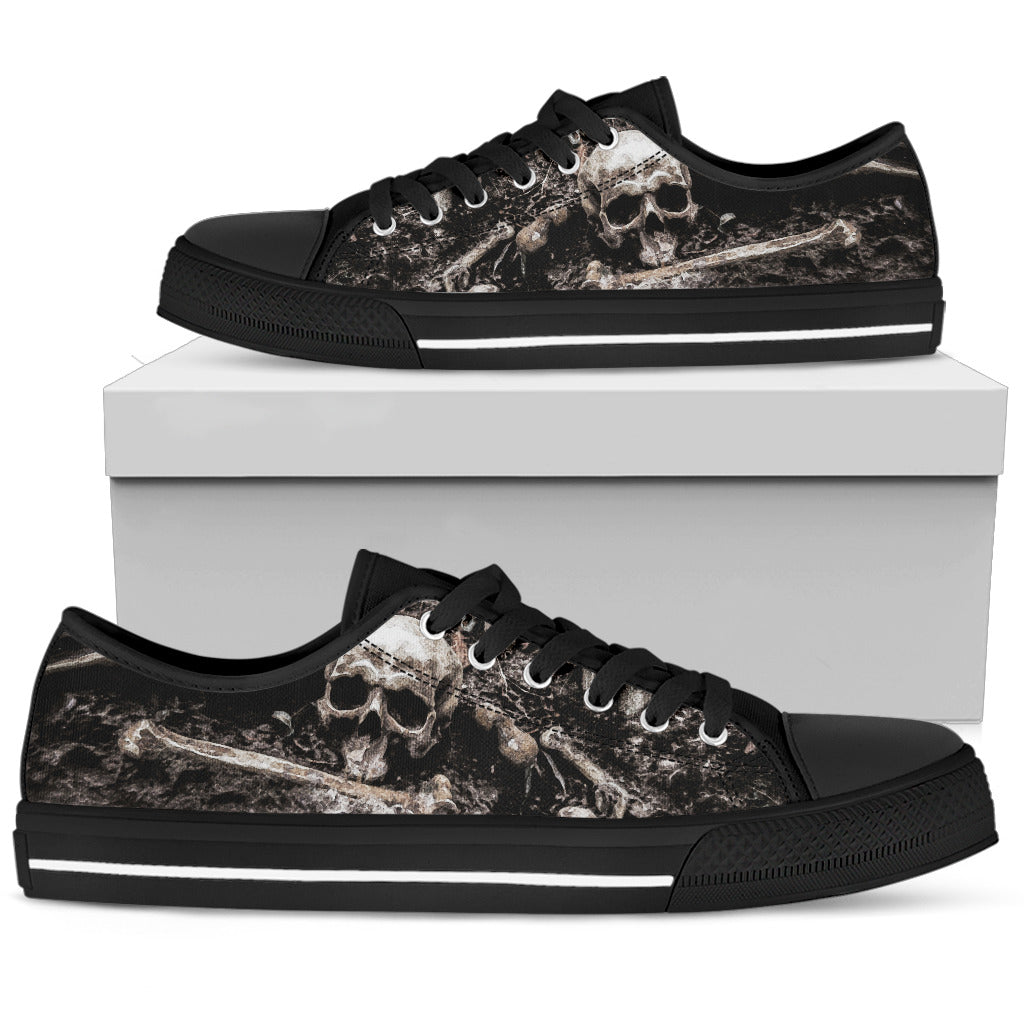 Macabre Low-Top Black