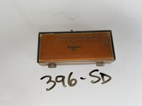 396-SD 427-SD Recoton ReplacementTurntable Needle MAGNAVOX 560138 560153