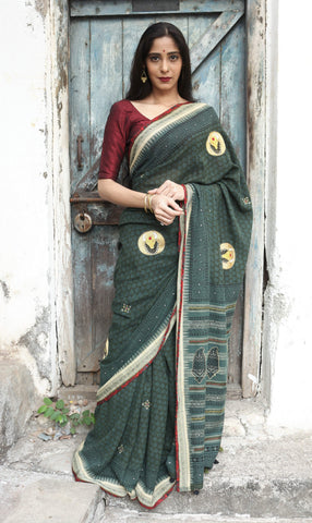 Pine Green Bull  Karvati Saree with Ajrakh Border (Handloom Cotton)