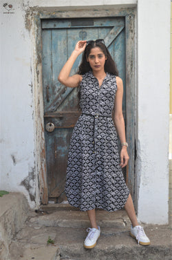 Black & White Lotus Piku Dress