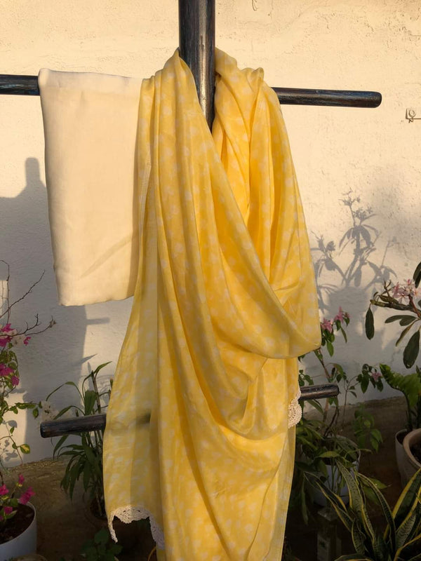 Easy Breezy Summer Sarees - Pastel Yellow