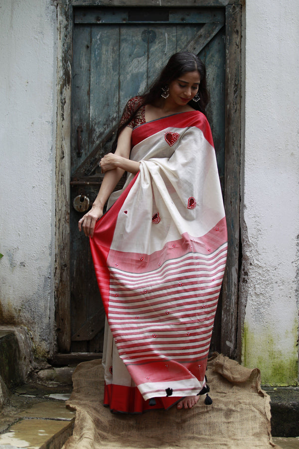 Heart Saree - Pearl White Red and Black Maheshwari