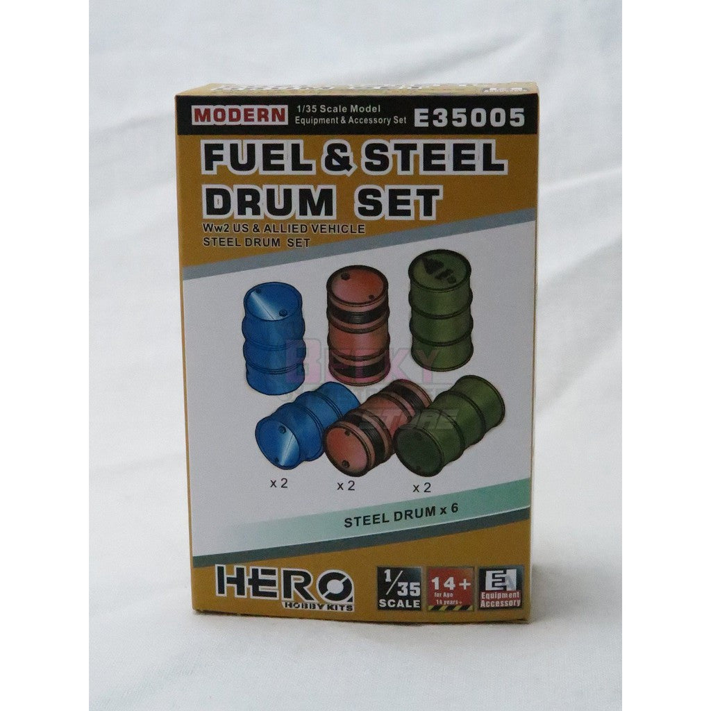 E35005 Hero 1/35 Fuel & Drum set WW2 US & Allied vehicles & Modern